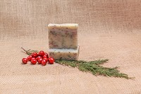 Merry Mistletoe Soap Bar  (Spruce and Cranberry)